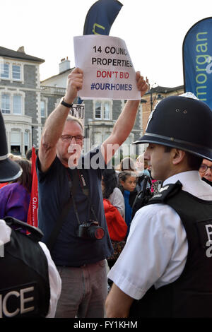 Bristol, UK. 20th Apr, 2016. Protest of Bristol Council Owned housing auctioned off instead of refurbished Property - Stock Photo