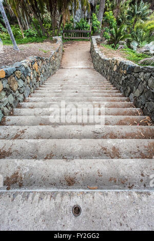 stairs with rock walls leading to dead end platform in balboa park - Stock Photo