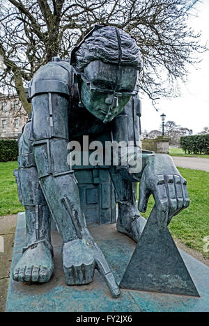 The figure of Sir Isaac Newton by Sir Eduardo Paolozzi at the entrance to the Gallery of Modern Art (Two) in Edinburgh. - Stock Photo