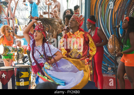 Horizontal view of Rumba dancers and musicians in Cuba. - Stock Photo