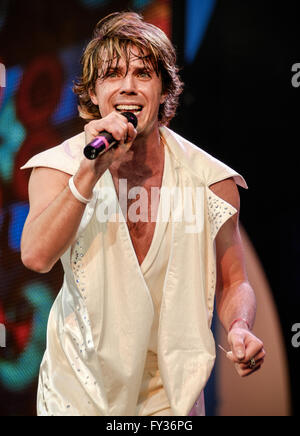 .Scissor Sisters performing at Live 8, Hyde Park, London. 2 July 2005 - Stock Photo