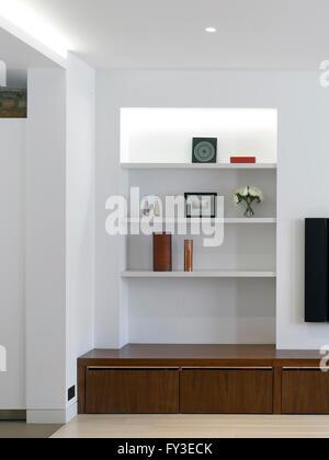 Joinery in livingroom. Kensington House, LONDON, United Kingdom. Architect: Stiff + Trevillion Architects, 2014. - Stock Photo