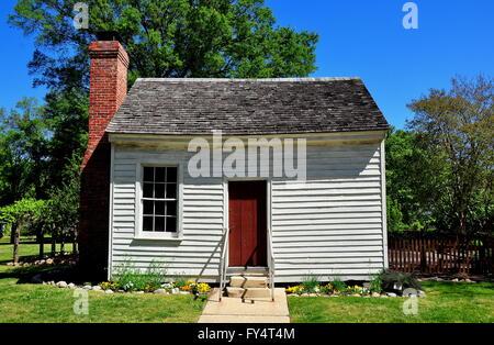 Raleigh, North Carolina:  Small wooden outer dependency building at historic Mordecai Plantation  * - Stock Photo