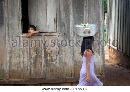 Children at Lapetanha, Rondonia, Brazil at the '7th September Indian Reserve'. - Stock Photo