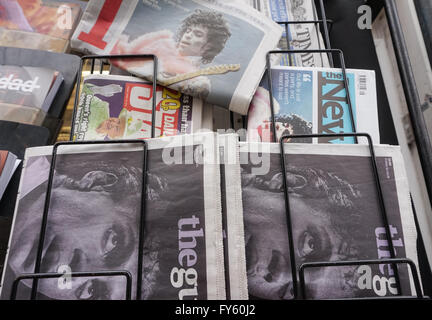 London, UK. 22nd April, 2016. British newspaper front pages following the death of musician Prince Rogers Nelson. - Stock Photo