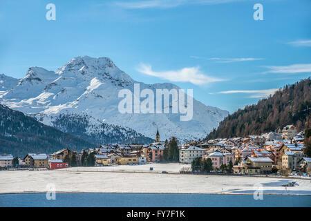 Lake Silvaplana and village in winter, Switzerland | Silvaplana und Silvaplaner See im Winter, Oberengadin, Schweiz - Stock Photo