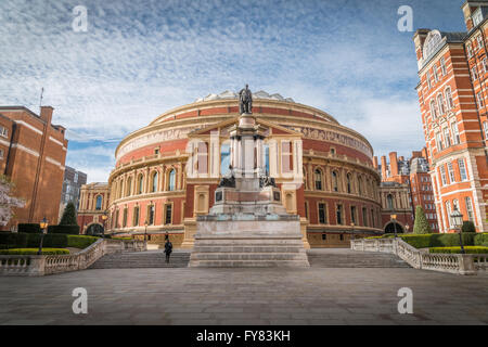 Albert Hall opened in 1871 with a capacity of up to 5,272 seats for classical and pop concerts, opera, ballet, award - Stock Photo
