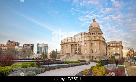 Idaho capital building with sidewalk - Stock Photo