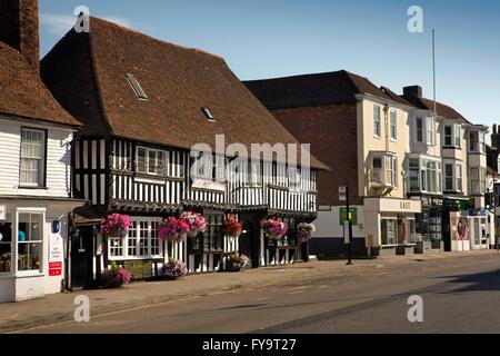 UK, Kent, Tenterden, High Street, Wealden Hall House, half timbered Great Hall - Stock Photo