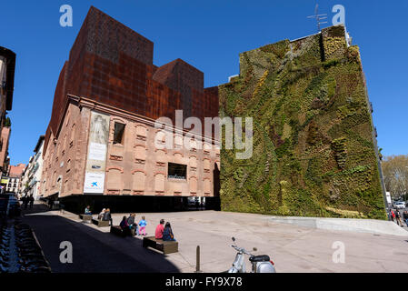 39 green wall 39 by french botanist patrick blanc next to the - Garden center madrid ...