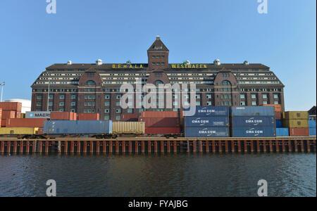 Lagerhaus, Westhafen, Moabit, Berlin, Deutschland - Stock Photo