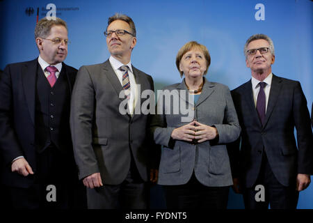 German Chancellor Angela Merkel, second from right, poses for media with Hans-Georg Maassen, left, President of - Stock Photo