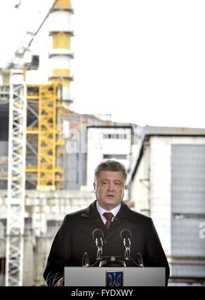 Kiev Region, Ukraine. 26th Apr, 2016. Ukraine's President Petro Poroshenko visits the Chernobyl Nuclear Power Plant - Stock Photo