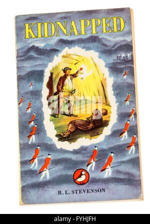 Robert Louis Stevenson paperback book Kidnapped published by Puffin - Stock Photo
