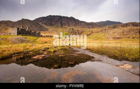 Disused slate mine workings at Blaenau Ffestiniog in the mountains of Snowdonia, North Wales. - Stock Photo