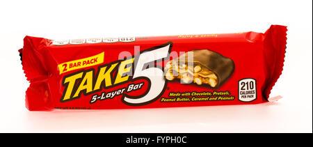 Winneconni, WI - 16 June 2015:  Take 5 candy bar - Stock Photo