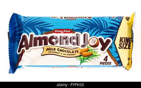 Winneconni, WI - 19 June 2015:  Almond joy candy bar - Stock Photo