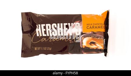 Winneconni, WI - 19 June 2015:  Hershey caramels candy bar - Stock Photo