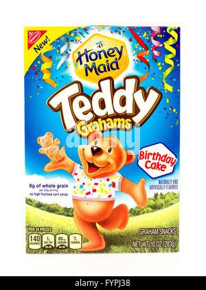 Winneconne, WI - 29 August 2015: Box of Teddy Grahams in birthday cake flavor - Stock Photo