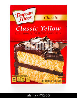 Winneconne, WI - 8 February 2015:  Box of Duncan Hines Classic Yellow cake mix. - Stock Photo
