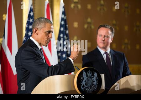 U.S President Barack Obama during a joint press conference with British Prime Minister David Cameron at the Foreign - Stock Photo