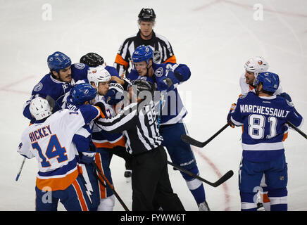 Tampa, Florida, USA. 27th Apr, 2016. LOREN ELLIOTT | Times.Players are separated after an altercation during the - Stock Photo