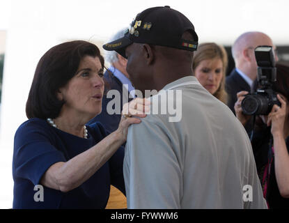 Luci Baines Johnson, daughter of Pres. Lyndon Johnson, speaks with a veteran during the Vietnam War Summit at the - Stock Photo
