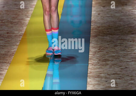 Sao Paulo, Brazil. 28th Apr, 2016. A model presents a creation of 'Salinas' during the Sao Paulo Fashion Week, in - Stock Photo