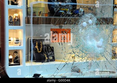 Smashed window of a jewelry store - Stock Photo