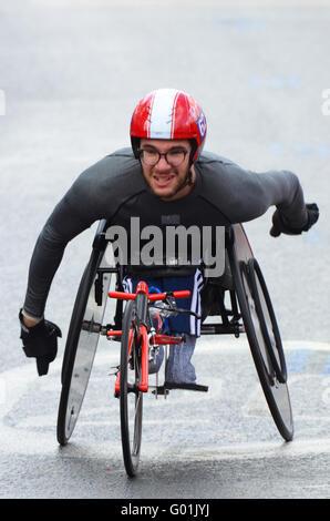 The wheelchair class of the 2016 Virgin Money London Marathon. British competitor Danny Sudbury finished 25th in - Stock Photo