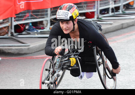 The wheelchair class of the 2016 Virgin Money London Marathon. chelsea mcclammer finished 8th in class - Stock Photo