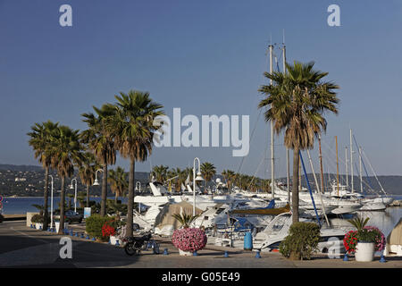 Cavalaire-sur-Mer with small marina, Cote d'Azur - Stock Photo