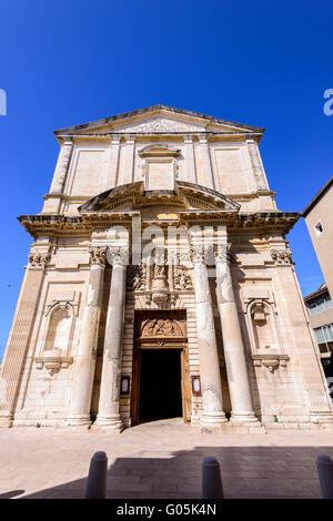 Eglise St marie madeleine  Martigues Bouche du Rhone Provence 13 France - Stock Photo