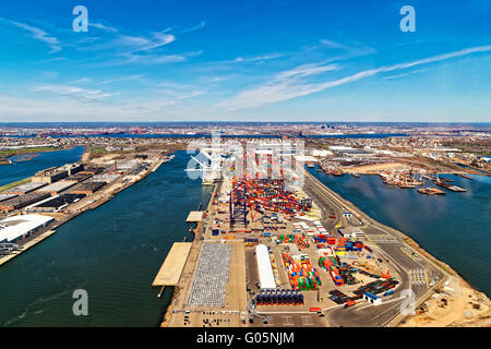 Aerial view of Global Container terminals in Bayonne, New Jersey, USA. GCT is the terminal in the harbor servicing - Stock Photo