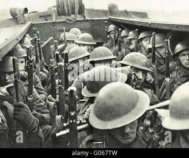 WW2 Royal Marines Landing party at sea - Stock Photo