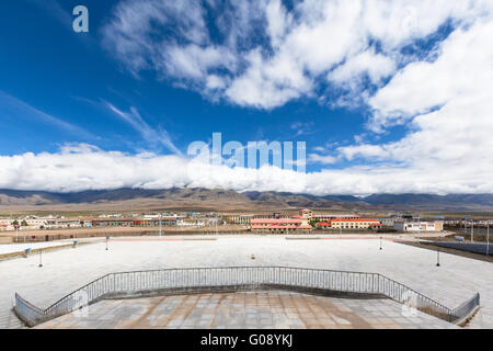 View of Damxung county from the railway station, Tibet, China - Stock Photo