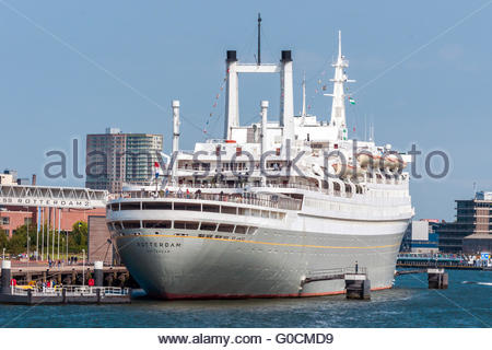 The SS Rotterdam V, the biggest passenger-ship eve - Stock Photo