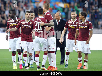 Udine, Italy. 30th April, 2016. Torino's players at the end of the Italian Serie A football match between Udinese - Stock Photo