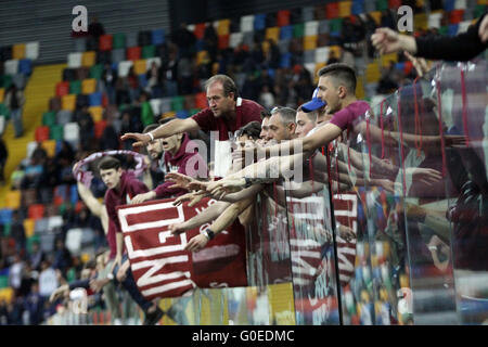 Udine, Italy. 30th April, 2016. Torino's fans at the end of the Italian Serie A football match between Udinese Calcio - Stock Photo