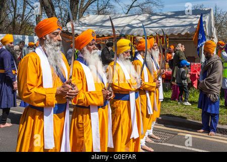 Sikhs celebrating Vaisakhi in Reading, Berkshire, England, GB, UK. - Stock Photo