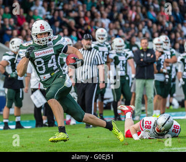 FILE - A file picture dated 19 September 2015 shows Moritz Boehringer, wide receiver of the Schwaebisch Hall Unicorns, - Stock Photo
