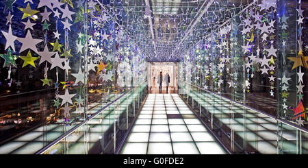Christmas decorations in department store transition, Dortmund - Stock Photo
