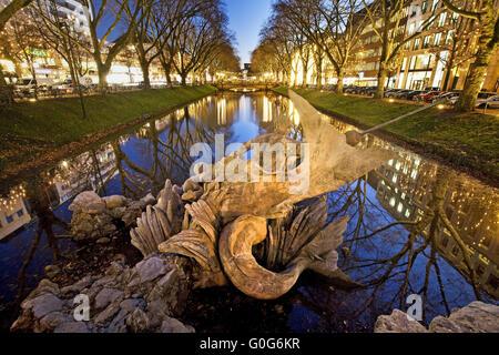 The Triton Fountain at the Koenigsallee, Duesseldorf, North Rhein Westphalia, Germany, Europe