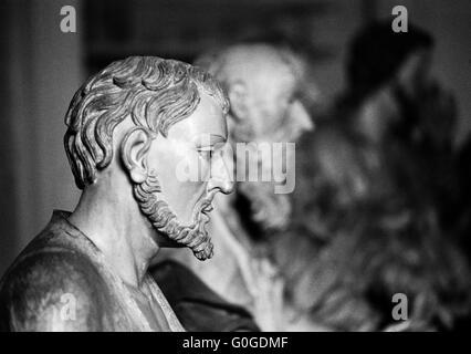 Achtziger Jahre, UNESCO Weltkulturerbe, Prophetenstatue von Aleijadinho in der Wallfahrtskirche Bom Jesus de Matozinhos - Stock Photo