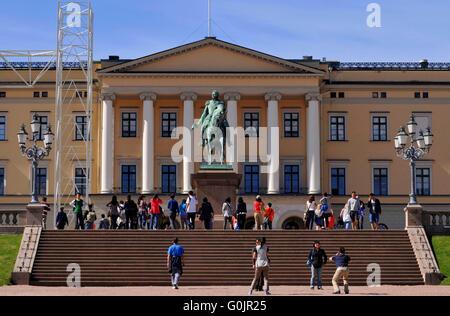 Equestrian statue of King King Charles III, Royal Palace, Oslo, Norway / Det kongelige slott - Stock Photo