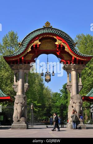 Elefantentor, Berlin Zoological Garden, Budapester Strasse, Tiergarten, Mitte, Berlin, Germany /  Elephant Gate, - Stock Photo