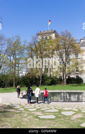 Memorial to the Sinti and Roma Victims of National Socialism Berlin 2016 - Stock Photo