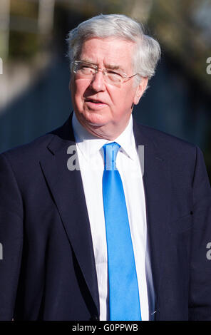 Stuttgart, Germany. 04th May, 2016. British Minister of Defense Michael Fallon arrives to the meeting of the alliance - Stock Photo