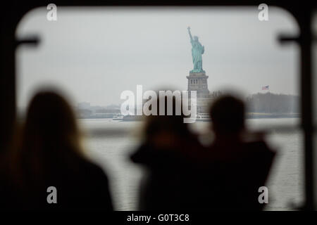 New york   The Staten Island Ferry is a passenger ferry service operated by the New York City Department of Transportation - Stock Photo