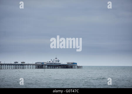 Llandudno is a seaside resort, town and community in Conwy County Borough, Wales, located on the Creuddyn peninsula, - Stock Photo
